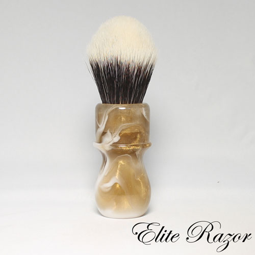 wet-shave-brush-handle-neo-resinate-gold-and-white-24-26mm-bob-quinn-elite-razor-1