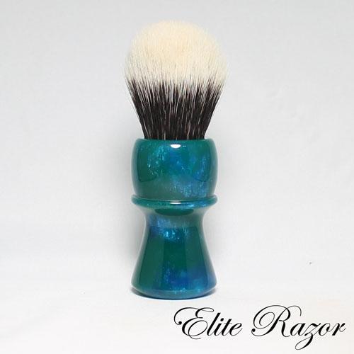 wet-shave-brush-handle-neo-resinate-green-and-blue-24-26mm-bob-quinn-elite-razor-1